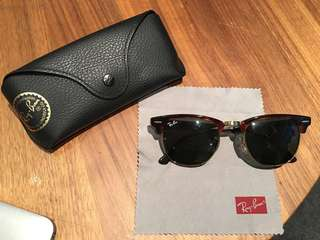 RayBan Clubmaster Lens size 49
