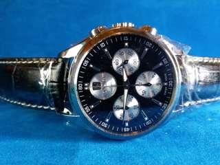 Roamer~ 瑞士羅馬~ 機械計時腕錶chronograph~ 陳列品~ 有盒有吊牌 ~送一條原裝鋼帶 ~零售價約HKD16,000