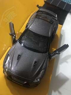 🚚 Japan GT-R Car Model