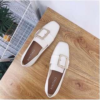 🚚 韓版方釦方頭女鞋