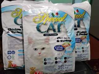 Special cat food and meow mix 7kg