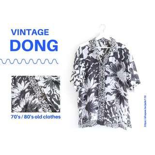 🚚   咚 咚 Vintage  日本古著- 忘憂谷短袖衫