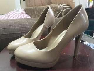 Size 7 Office Nude Heels Women Shoes