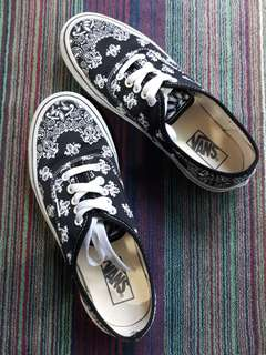 "VANS Authentic ""Bandana"""