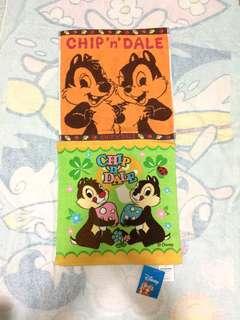 Disney Chip n Dale 鋼牙與大鼻 2條大方巾(Brand new 全新)