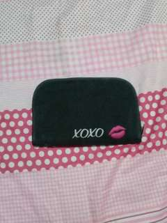 Xoxo black pouch