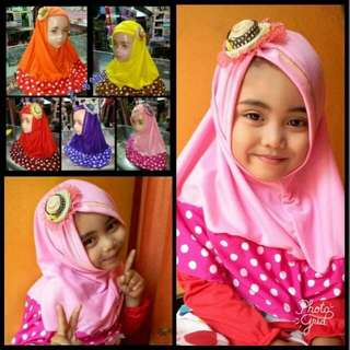 Jilbab Anak topi