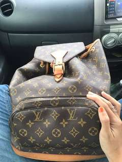 Lv bagpack 1:1 copy ori preloved