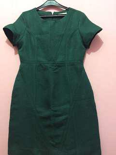 dress hijau accent