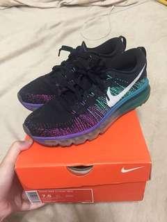 Nike flyknit max