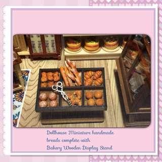 Dollhouse Miniature Breads c/with display stand