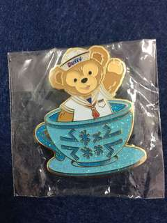 Disneyland Pin Cup Pin Duffy