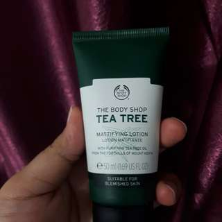 (PRELOVED) THE BODY SHOP TEA TREE MATTIFYING LOTION