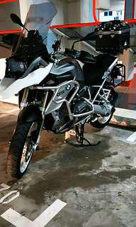 Professional exhaust polishing/shining for cars and bikes!