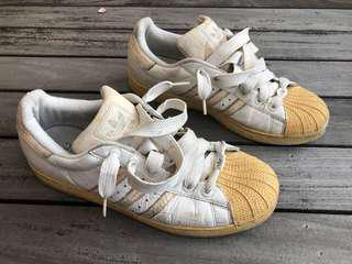 Adidas icon all star or superstar classic shoe Authentic not Nike under armour puma
