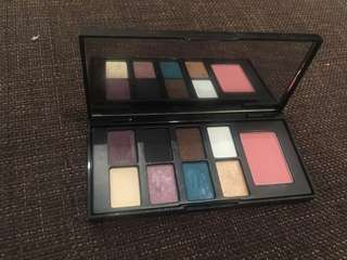 Elizabeth arden eyeshadow and blush palette