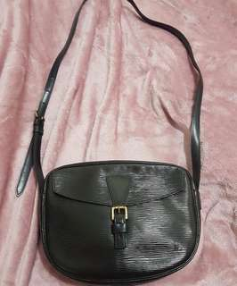 LV sling bag authentic
