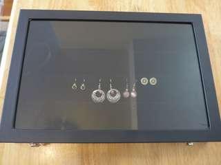 全新 超實用 耳環收納首飾盒 brand new earing jewellery box