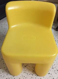 #KayaRaya Little Tikes Yellow Chunky Plastic Chairs