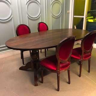 實木妥圓餐桌L210 W116 H 76 椅高45、椅深47、椅寬50、椅背高到地的總高96 餐桌加5張椅 ㄧ組19800