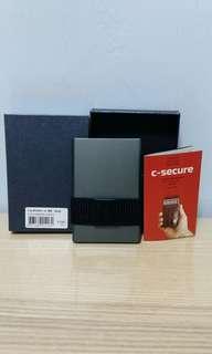 C-SECURE 智能防磁防盗卡片保護套