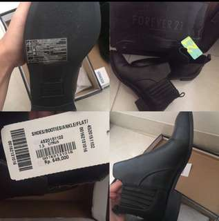 FOREVER 21 BOOTS BLACK LEATHER
