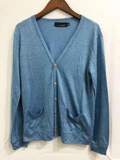 🚚 淺藍色罩衫