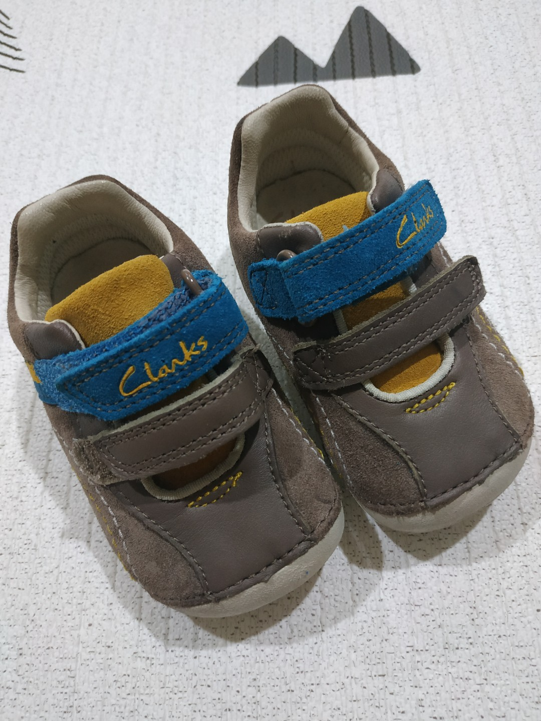 7d358c698f8 BN Baby Clarks Shoes Uk Size 3 1 2
