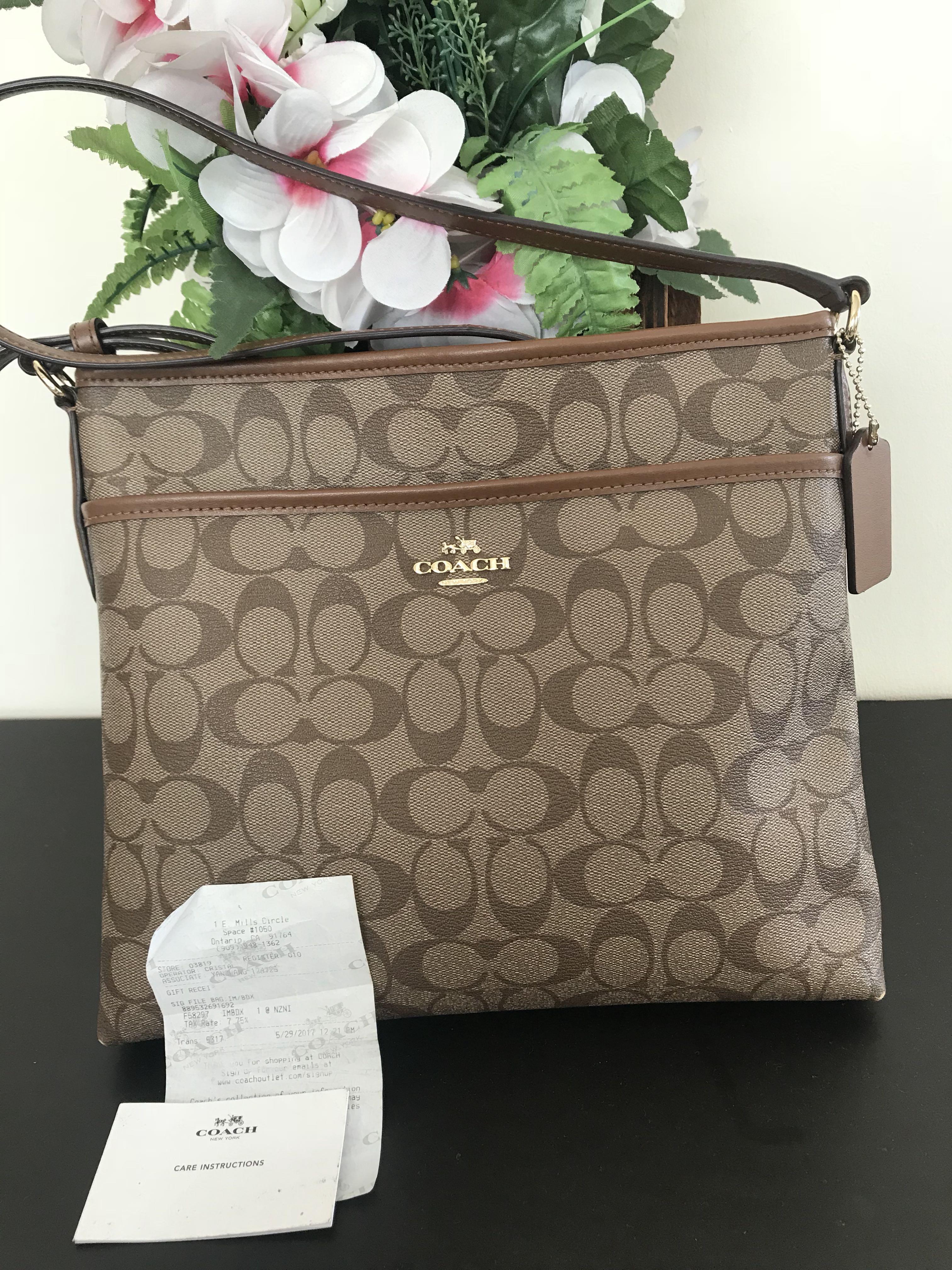 38e386abdb6f Coach Document Bag, Women's Fashion, Bags & Wallets, Handbags on ...