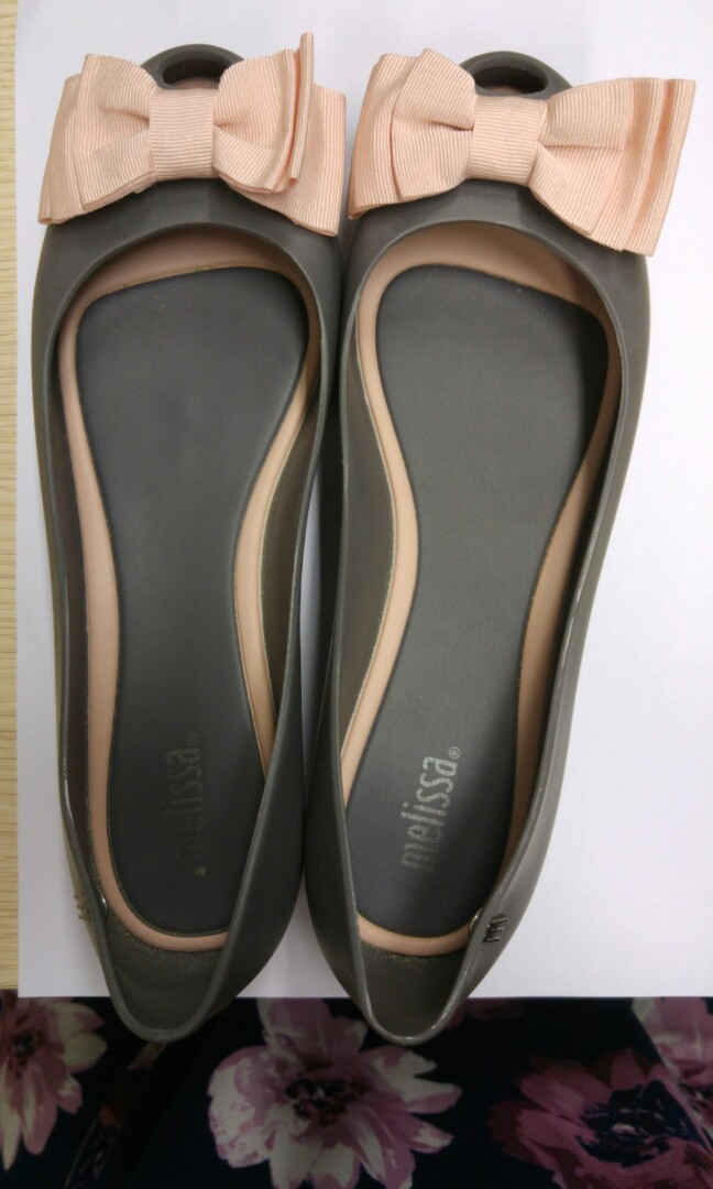 f8ae597905c1 Melissa Shoes - US Size 7