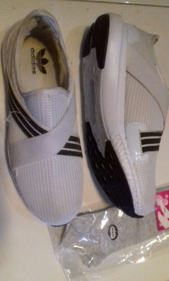 Sepatu Adidas Tanpa Tali Women S Fashion Women S Shoes On Carousell