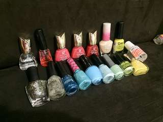 NAIL POLISH BUNDLE