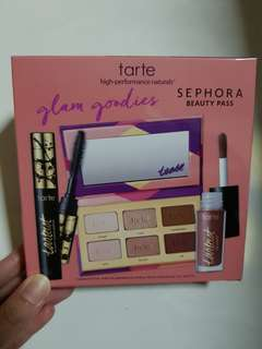 TARTE Make Up Set