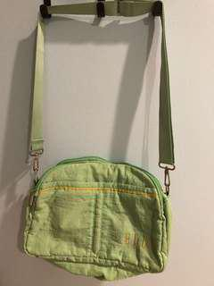 Elle green sling bag