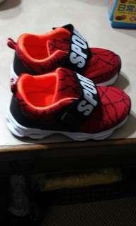 🚚 兒童球鞋