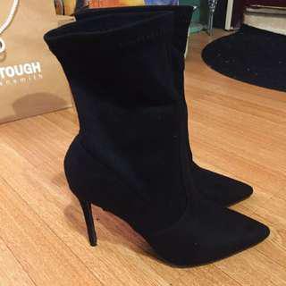 全新22(35)號小碼襪套式尖頭麂皮靴