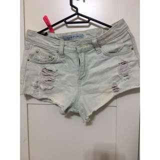 刷破 牛仔 短褲 熱褲 刷白 小花 85成新