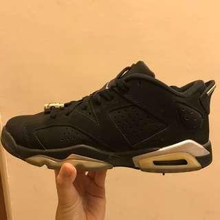 🚚 Air Jordan 4 Retro