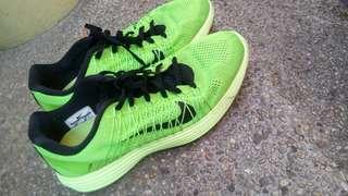 Nike racer 3