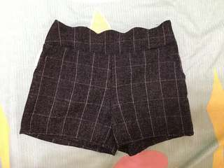 🚚 毛呢格紋短褲