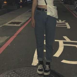 🚚 直筒牛仔褲