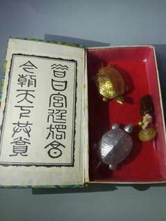 雙龜得寶 風水擺設 Two Turtles Treasure Hunt Feng Shui Ornament