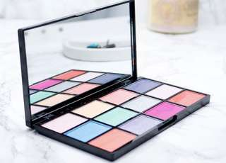 NYX Air Eyeshadow Palette