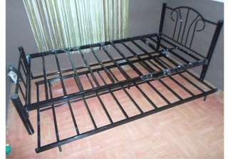 single bed pull out semidouble