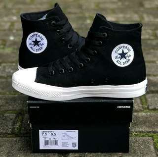 Converse all star chuck tylor for man premium BNIB 100%%%