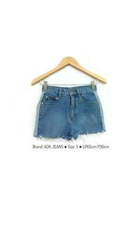 denim hot pants / celana pendek jeans / short pants