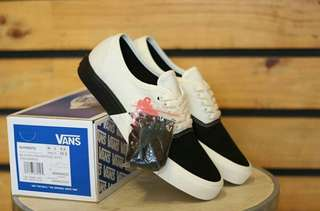 Vans authentic for man premium BNIB 100%%%