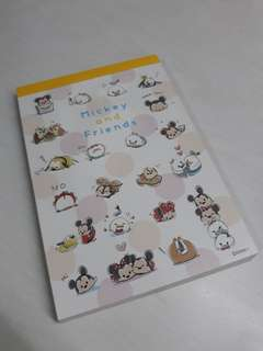 🚚 Disney Tsum Tsum Note Pad 10cm by 15cm