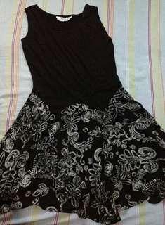90's black floral dress