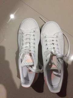 PRICE DROP!! Adidas Originals Stan Smith for Women (White/Pink)